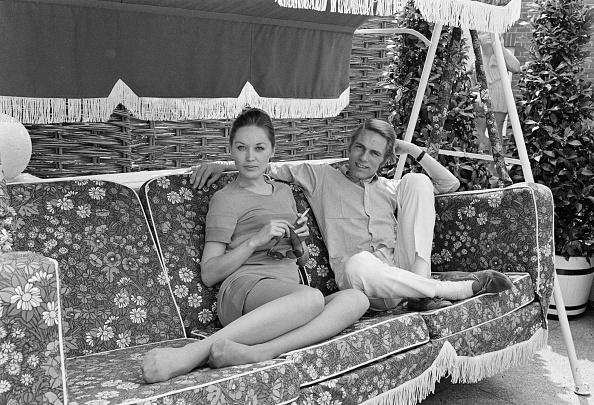 Furniture「Adam Faith And Jackie Irving」:写真・画像(16)[壁紙.com]