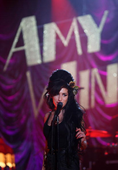 Amy Winehouse「Amy Winehouse Performs For Grammy's Via Video Link」:写真・画像(13)[壁紙.com]