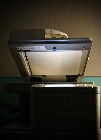 Photocopier「Glowing copy machine」:スマホ壁紙(6)
