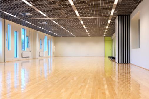 Shiny「Empty dance studio」:スマホ壁紙(12)
