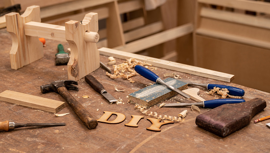 Carpentry「Working at a DIY project at the carpentry」:スマホ壁紙(8)