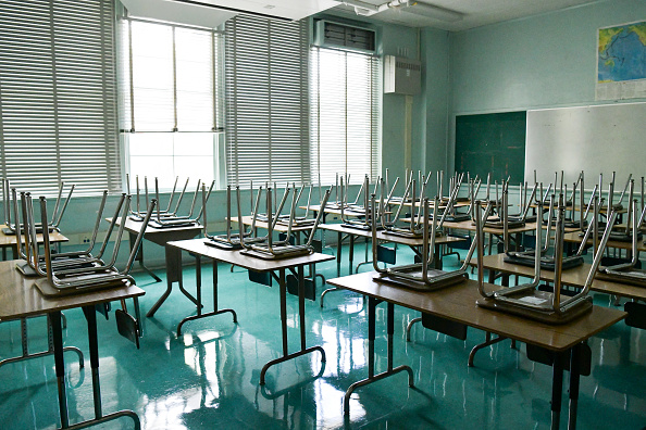 COVID-19「Hollywood High School Students And Teachers Prepare For Coming School Year」:写真・画像(17)[壁紙.com]