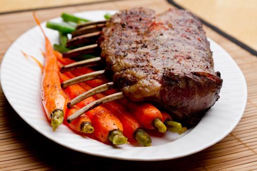 Bone「Rack of Lamb with Carrots and Green Beans」:スマホ壁紙(14)