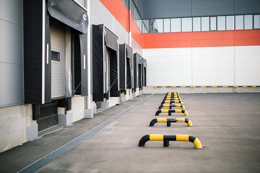Shipping「Warehouse exterior」:スマホ壁紙(1)