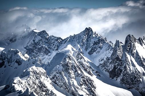 Switzerland「on the top of the swiss alps mountain range」:スマホ壁紙(18)