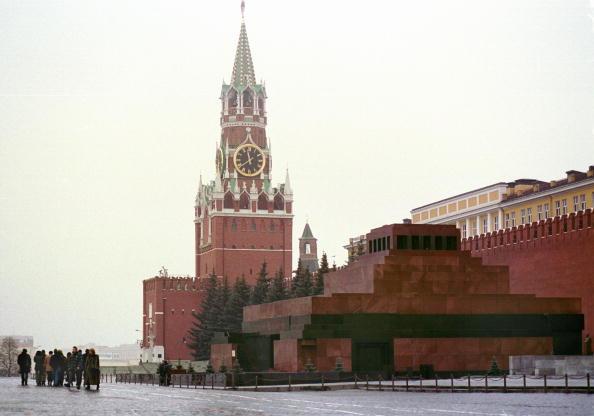 Red Square「Lenin''s Mausoleum Faces Debate in Russia」:写真・画像(5)[壁紙.com]