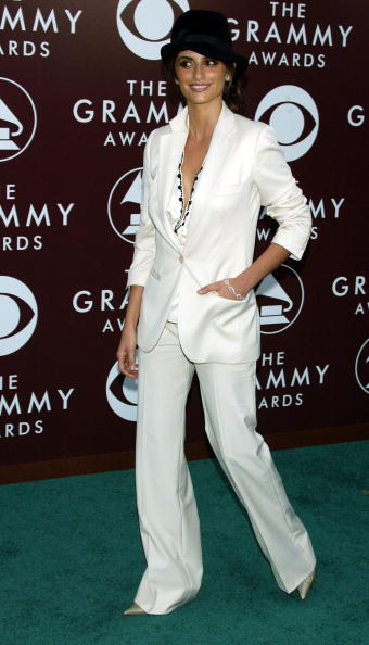 Cream Colored Shoe「The 47th Annual Grammy Awards - Arrivals」:写真・画像(17)[壁紙.com]