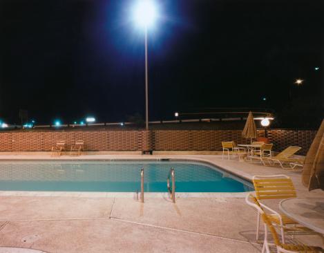 Motel「Motel Swimming Pool at Night」:スマホ壁紙(2)