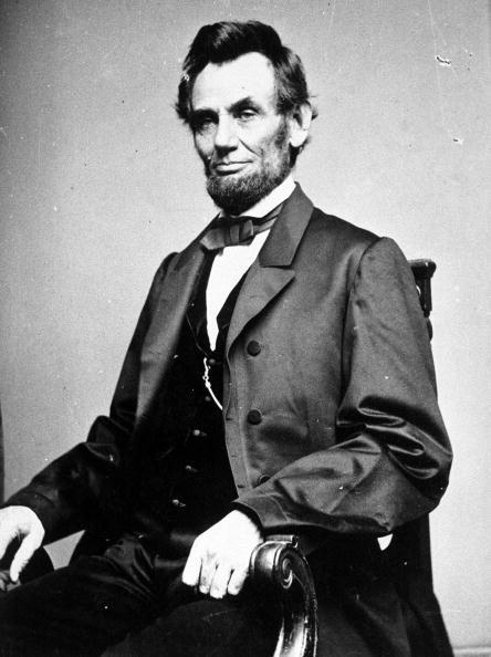 Formal Portrait「Lincoln''s Use of Mercury Pills For Depression」:写真・画像(0)[壁紙.com]