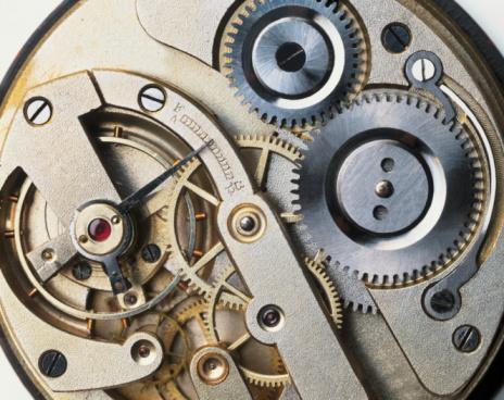 Coordination「Internal mechanism of Edwardian pocket watch, close-up」:スマホ壁紙(13)