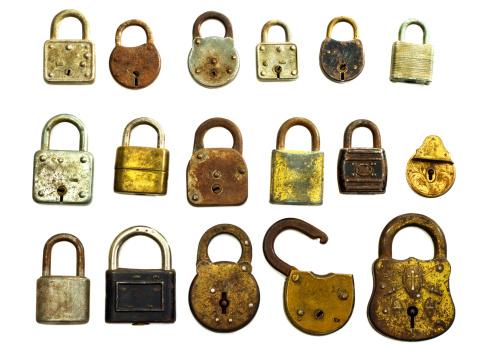 Rusty「Antique Locks Isolated On White」:スマホ壁紙(5)