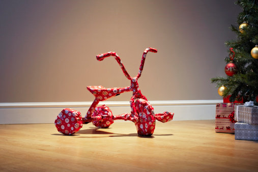Christmas Paper「Child's bicycle wrapped as a present for Christmas」:スマホ壁紙(11)