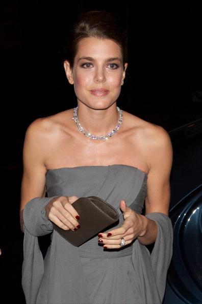 Necklace「Charlotte Casiraghi Attends 'Cartier Exhibition' Gala Presentation in Madrid」:写真・画像(14)[壁紙.com]