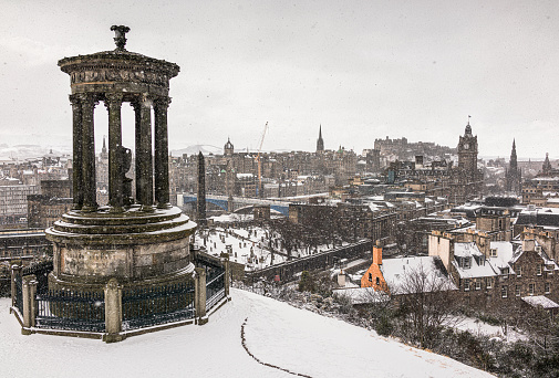 Castle「Heavy snowfall in Edinburgh, Scotland」:スマホ壁紙(16)