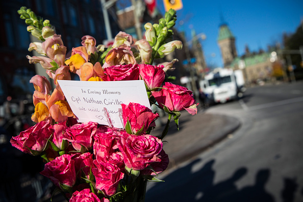 Nathan Cirillo「Ottawa On Alert After Shootings At Nation's Capitol」:写真・画像(18)[壁紙.com]