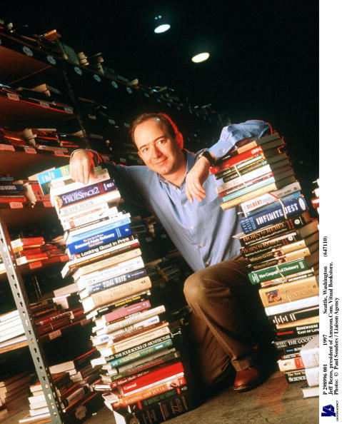 Founder「Jeff Bezos Founder & CEO Of Amazon Com Poses For Portrait January 1 1997 In Seattle W」:写真・画像(4)[壁紙.com]