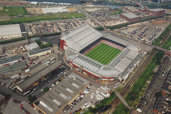 Aerial View「Old Trafford during Euro 96' match between Russia and Germany」:写真・画像(15)[壁紙.com]