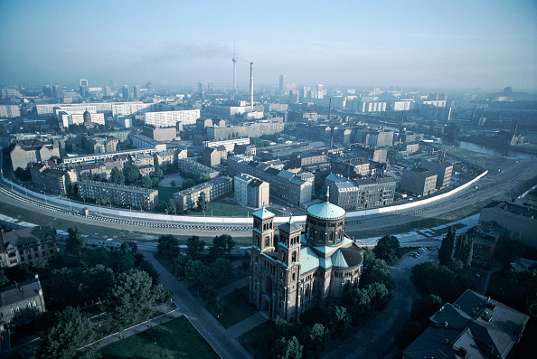 Aerial View「Divided Berlin」:写真・画像(7)[壁紙.com]