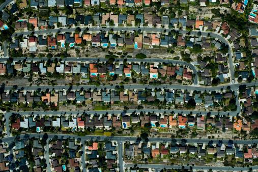 Conformity「An aerial view of  suburbian housing and garden」:スマホ壁紙(3)