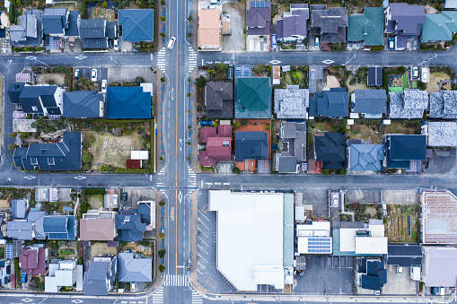 Aerial View「An aerial view showing a residential area and a large intersection」:スマホ壁紙(12)