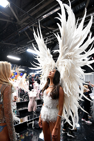 Victoria's Secret「2018 Victoria's Secret Fashion Show in New York - Backstage」:写真・画像(18)[壁紙.com]