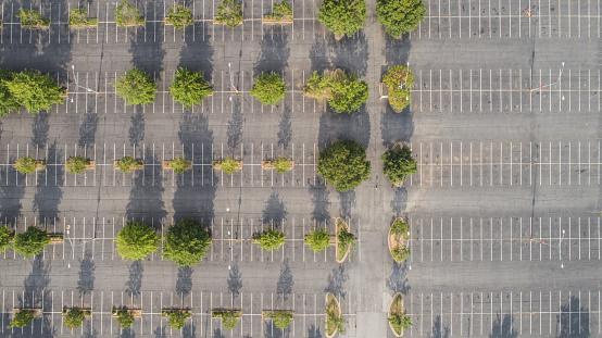 Motorized Vehicle Riding「Aerial Parking Lot Symmetry」:スマホ壁紙(17)