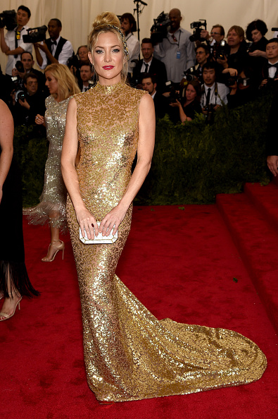 "Gold Dress「""China: Through The Looking Glass"" Costume Institute Benefit Gala - Arrivals」:写真・画像(3)[壁紙.com]"