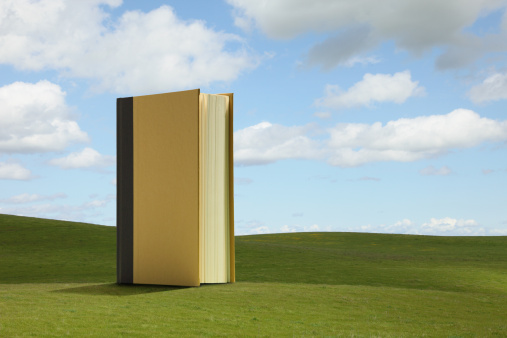 Digital Composite「Large Book in Field」:スマホ壁紙(5)