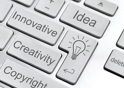 Single Word「Idea on computer keyboard」:スマホ壁紙(15)