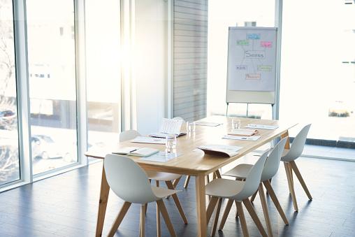 Business Meeting「Where business happens」:スマホ壁紙(17)