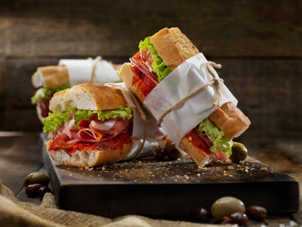 Italian Sandwich's with Roasted Red Peppers:スマホ壁紙(壁紙.com)