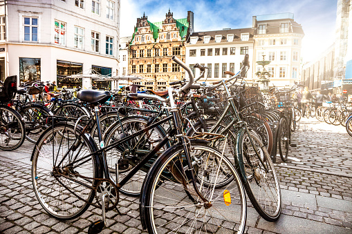 Denmark「Copenhagen bycicle parked in a town square」:スマホ壁紙(8)