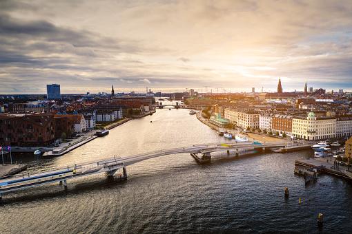 Danish Culture「Copenhagen cityscape: Modern architecture at the sea」:スマホ壁紙(4)