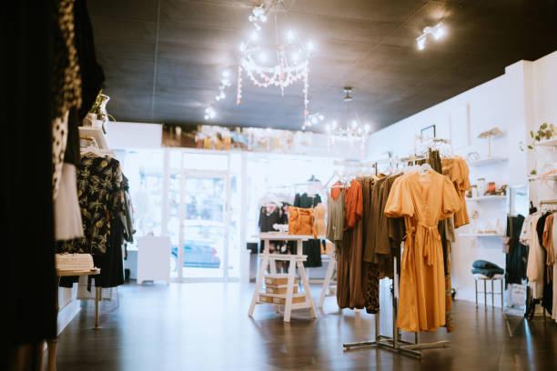 Boutique Clothing Store:スマホ壁紙(壁紙.com)