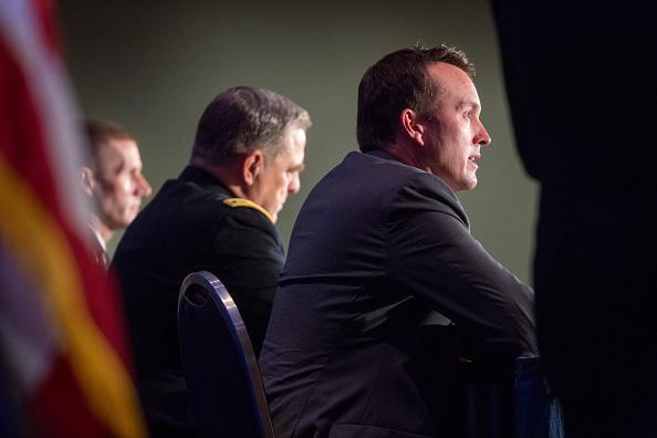Daniel Gi「Eric Fanning And Jeh Johnson Address Association Of U.S. Army Annual Meeting」:写真・画像(19)[壁紙.com]