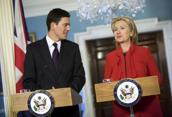 Joshua Roberts「Clinton Meets With UK Foreign Secretary」:写真・画像(5)[壁紙.com]