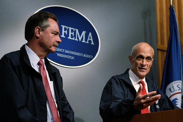 Hurricane Ike「Chertoff And FEMA Hold Briefing On Hurricane Ike Preparations」:写真・画像(19)[壁紙.com]