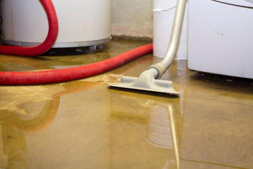 Basement「Flooded basement cleanup」:スマホ壁紙(8)