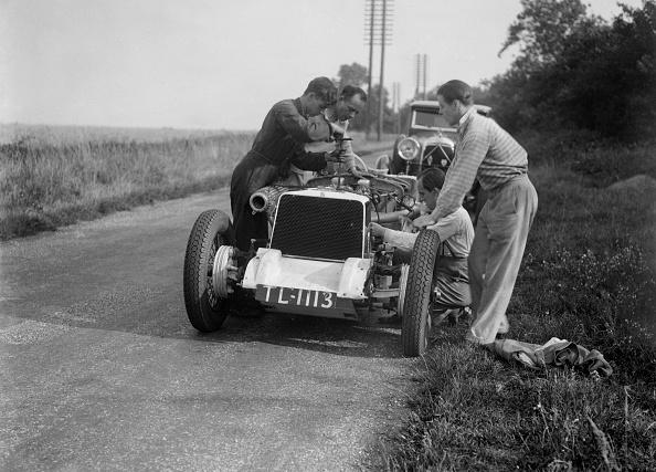 Mechanic「Road Testing Raymond Mays' Vauxhall-Villiers」:写真・画像(13)[壁紙.com]