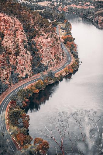 クレイドル山「秋の間に平面図からタスマニア風景」:スマホ壁紙(7)