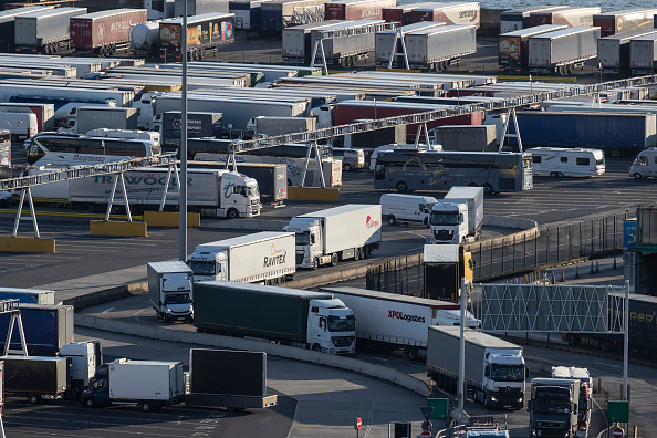 Semi-Truck「Focus On Dover: The Brexit Effect」:写真・画像(5)[壁紙.com]