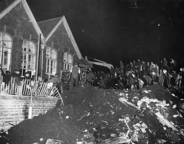 Accidents and Disasters「Aberfan School」:写真・画像(19)[壁紙.com]