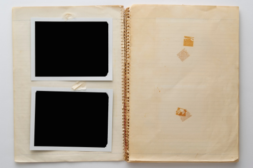 Black Color「Old spiral notebook with two blank polaroid on white background」:スマホ壁紙(10)