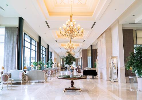 High Society「Luxury five stars hotel's lobby」:スマホ壁紙(6)