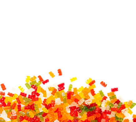 Gummi candy「gummibears on white background」:スマホ壁紙(13)