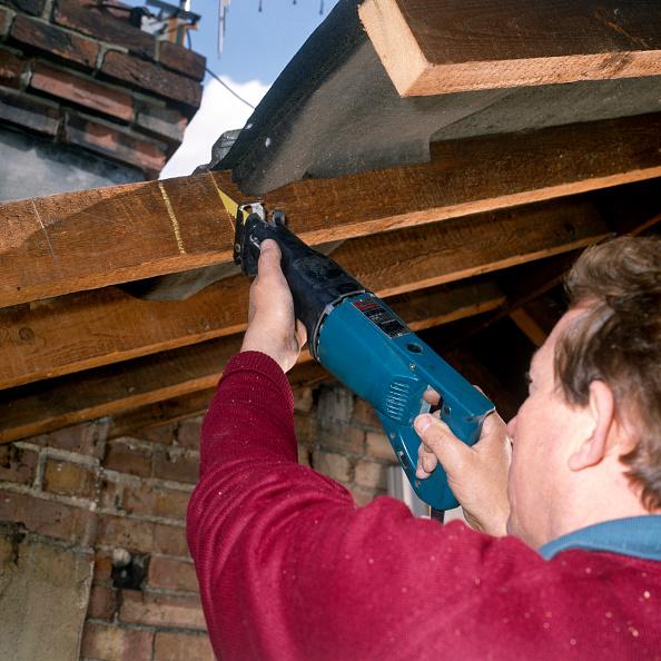 Loft Apartment「Loft conversion Installing a new roof window」:写真・画像(12)[壁紙.com]