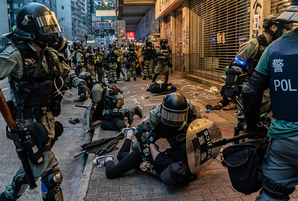 Arrest「Anti-Government Protests Continue in Hong Kong」:写真・画像(19)[壁紙.com]