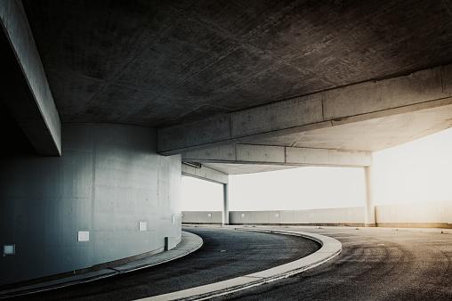 Curve「parking garage」:スマホ壁紙(0)