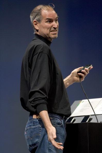 David Paul Morris「Steve Jobs Unveils Apple iPhone At MacWorld Expo」:写真・画像(17)[壁紙.com]