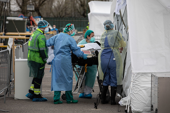 Crisis「US Charity Builds Field Hospital In Cremona To Assist With Coronavirus Treatment」:写真・画像(7)[壁紙.com]